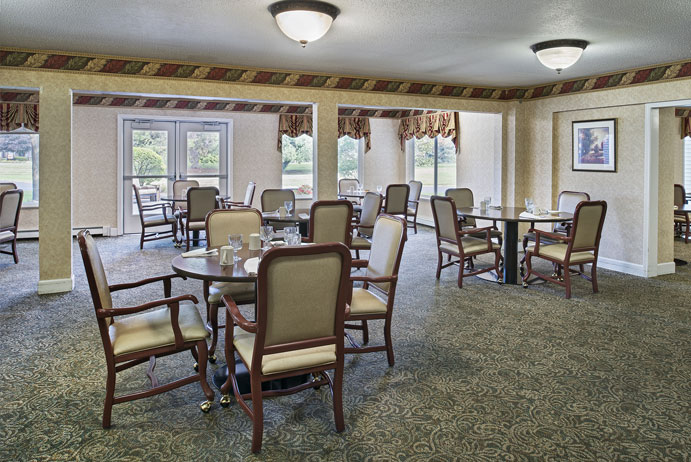 Lakeside Communities Dining Room