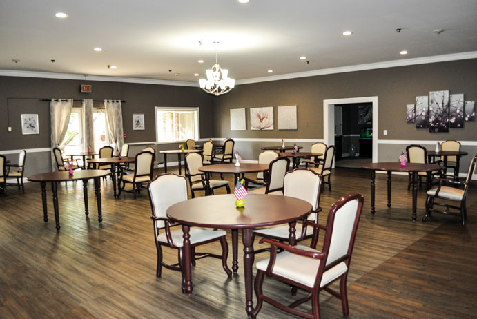 Westland Venoy Dining Room